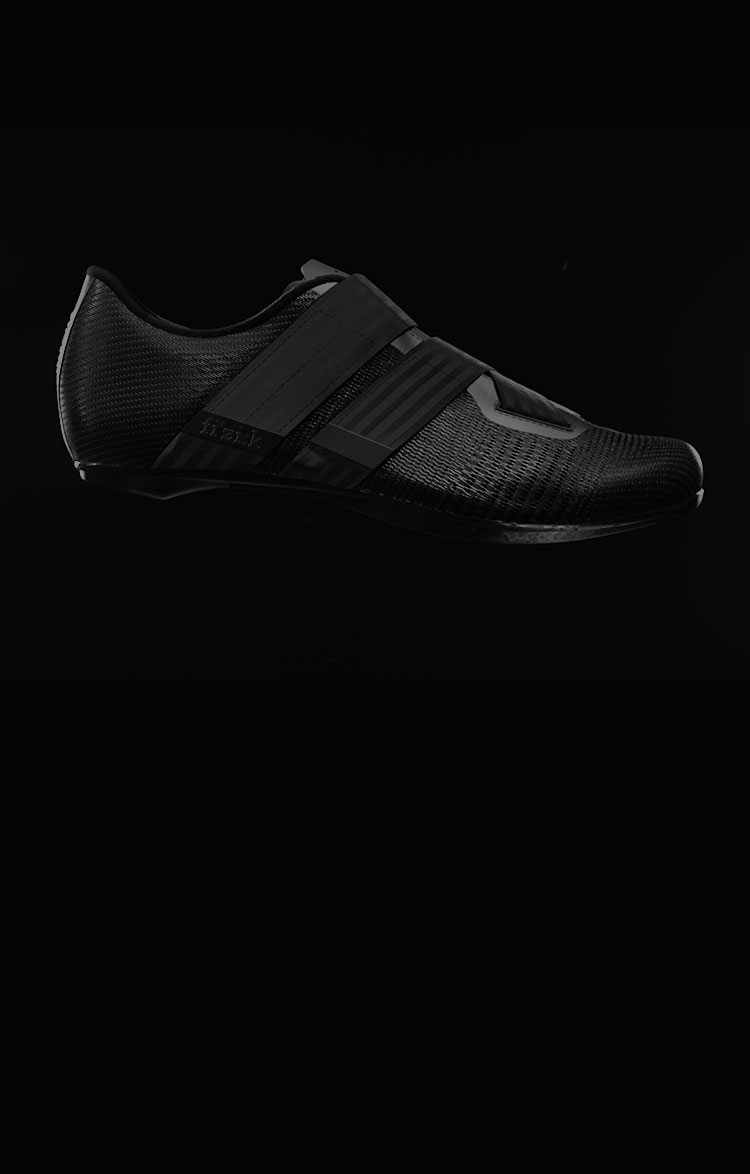 Lightweight fizik Aeroweave road cycling shoes